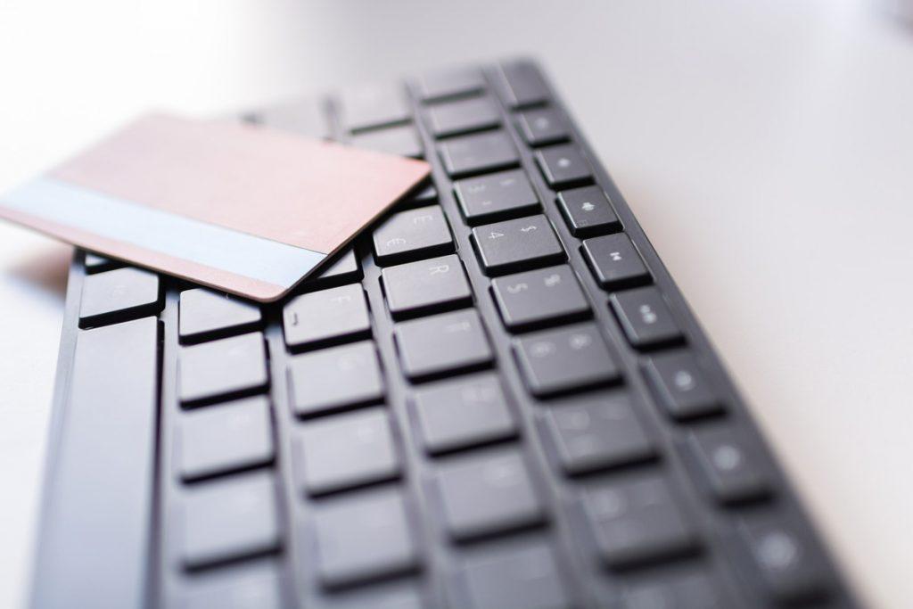 パソコンを売る時の注意点