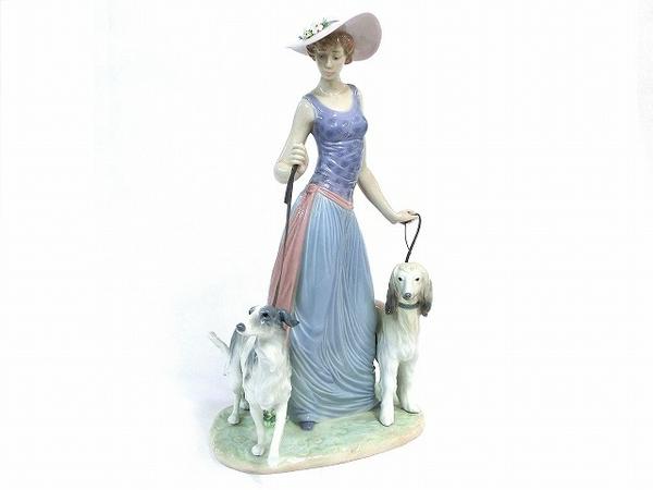 ブランド陶器の人形