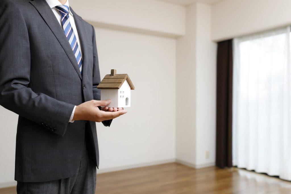 【仲介と買取】家を売る際の流れ