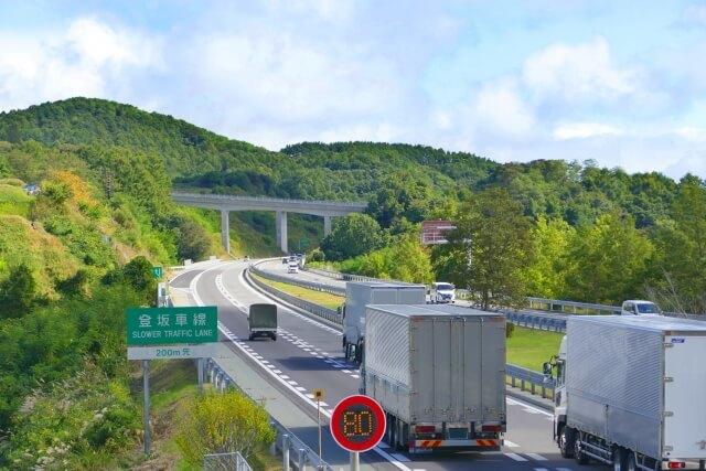 【サイズ別】トラックの寿命までの一般的な走行距離